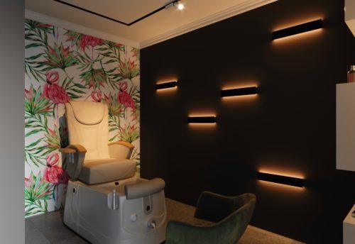 Салон красоты с яркими элементами интерьера