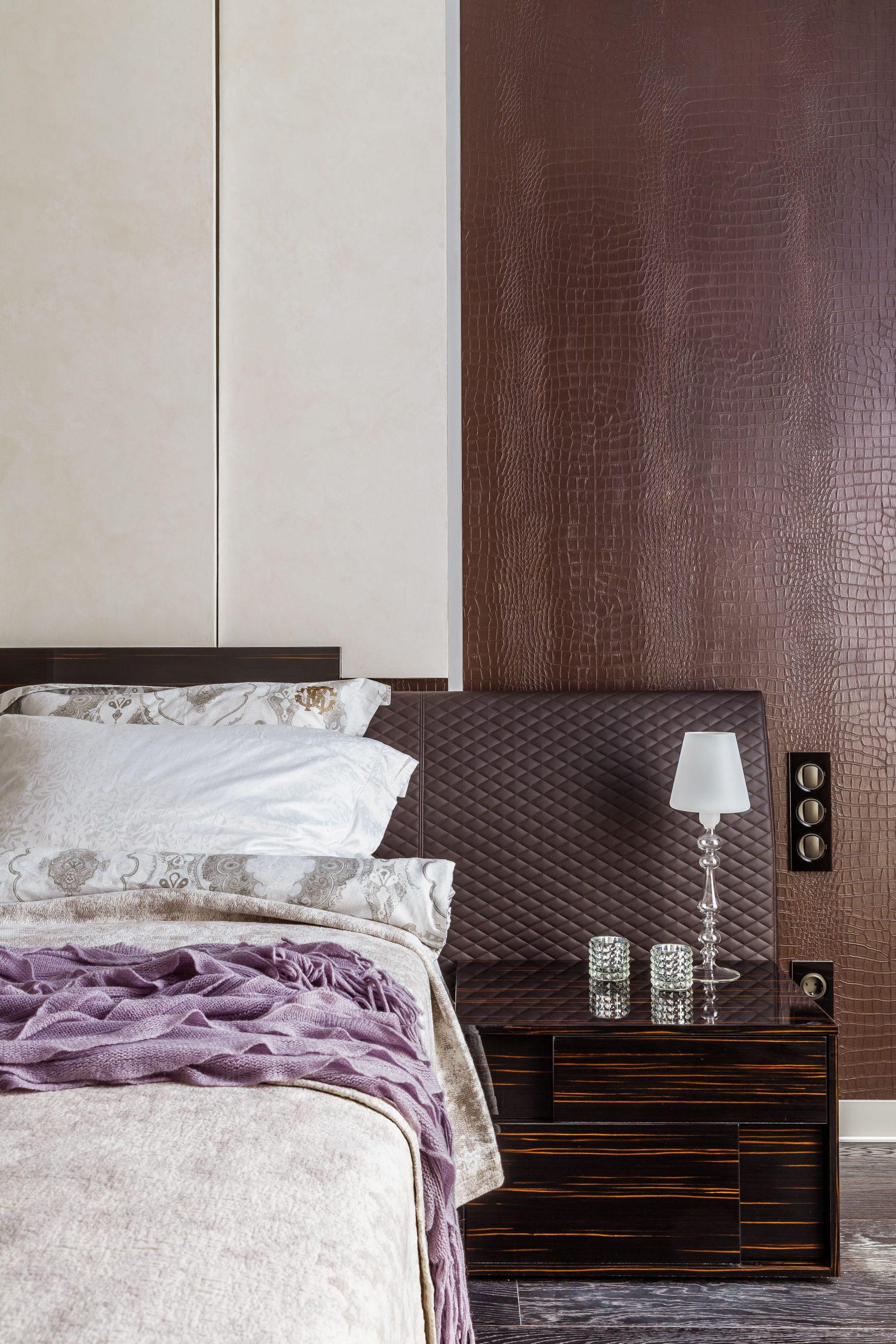 Современная спальня в спокойных тонах